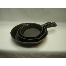 3pc Cast Iron Frying Pan Set (15.5cm X 4.0cm,14.4cm X 4.6cm,25.2cm X 5.3cm),4/C